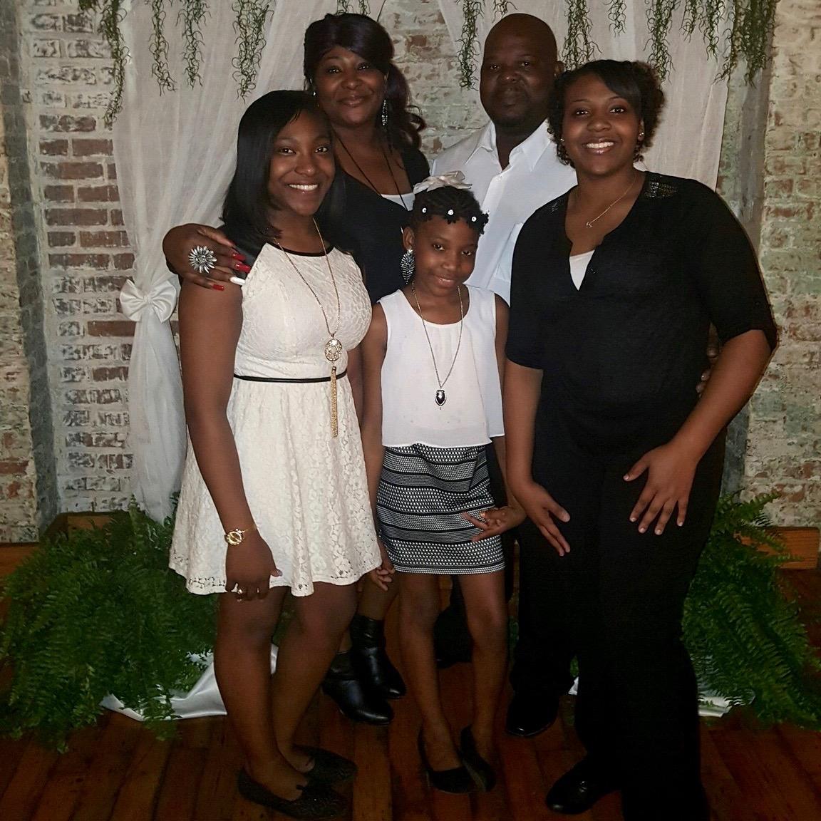 Ebony sisters