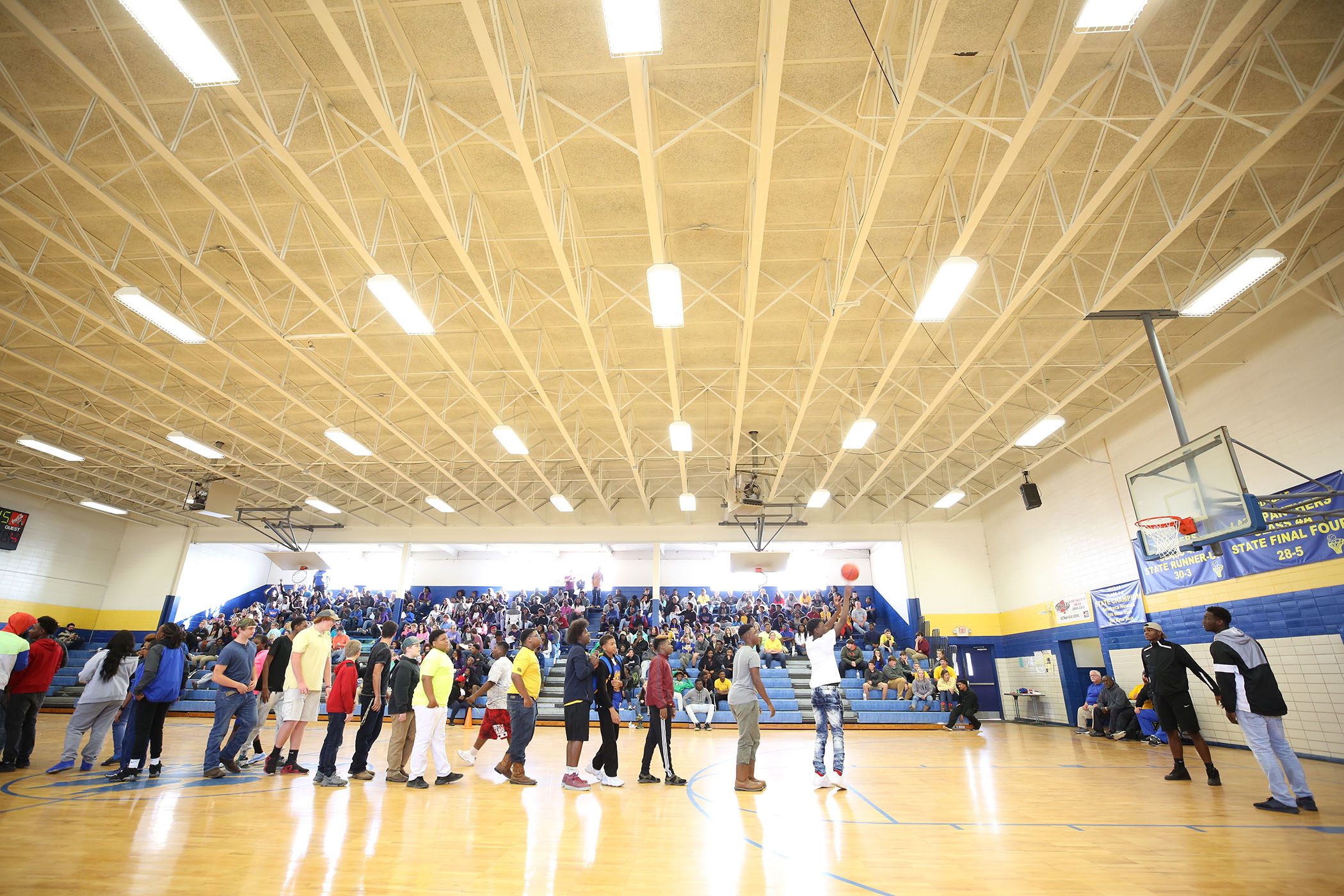 QHS students participate in a free throw contest.