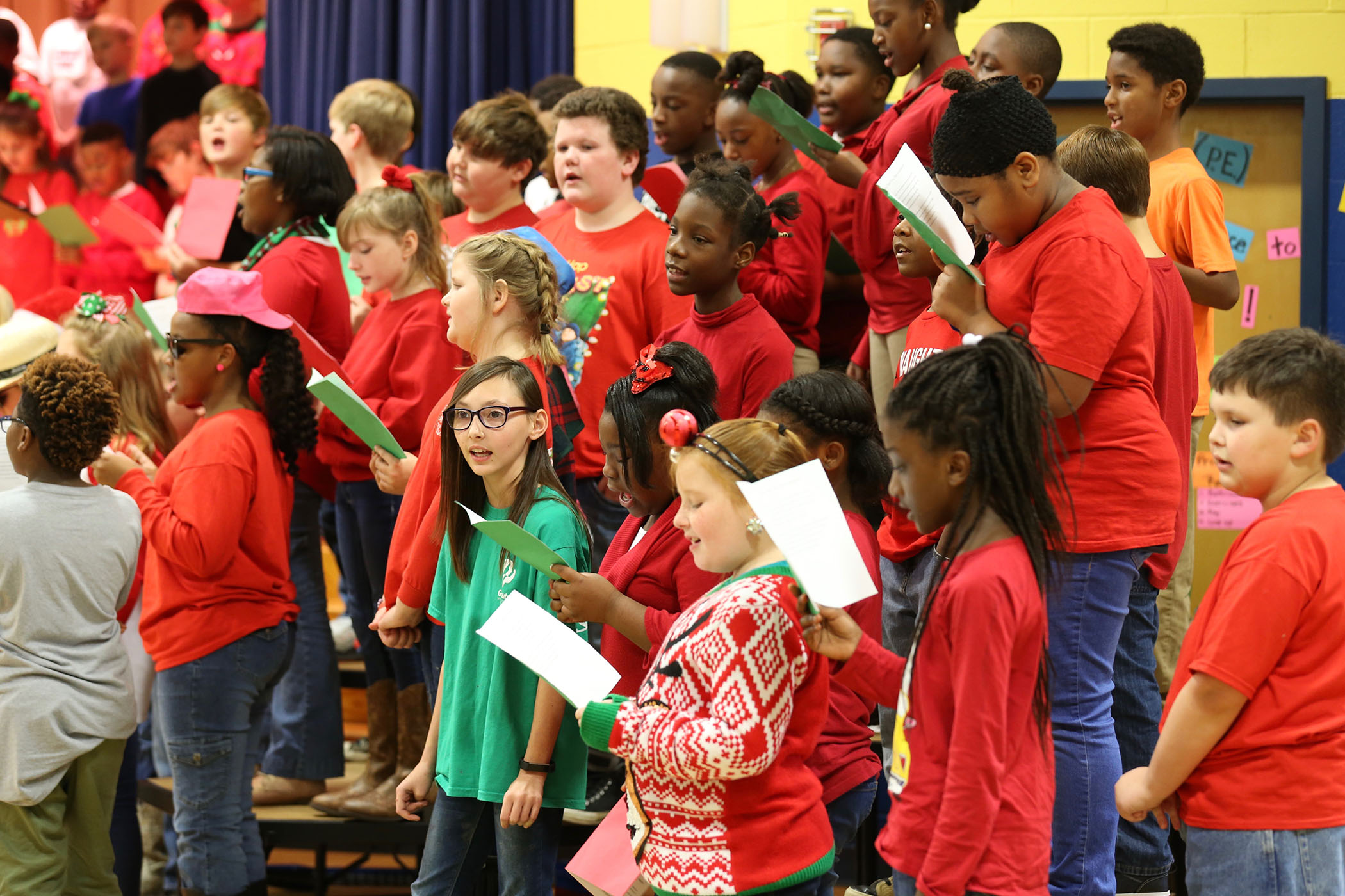 QUE 4th graders perform their Christmas program.