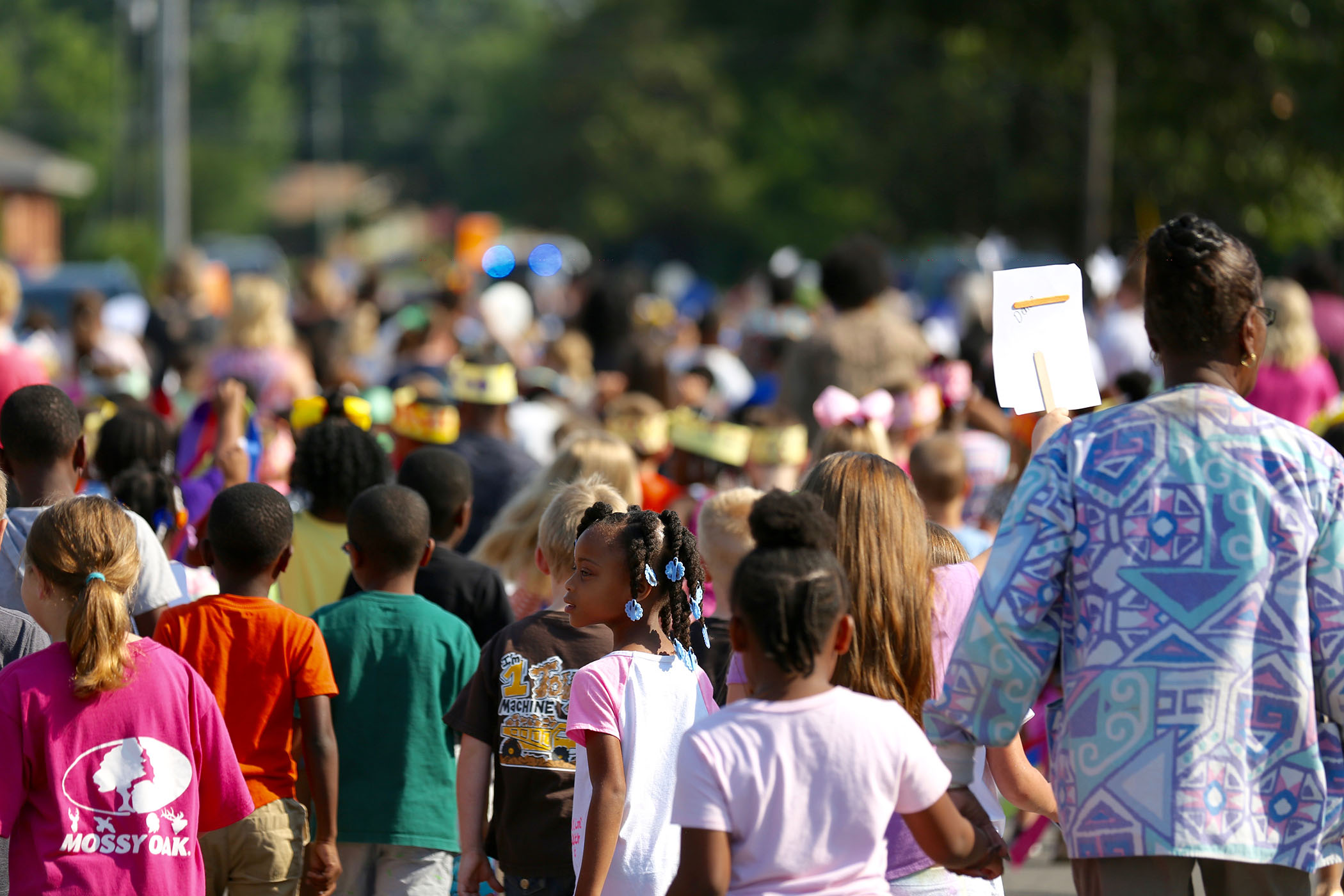 QLE students participate in the AR Parade.