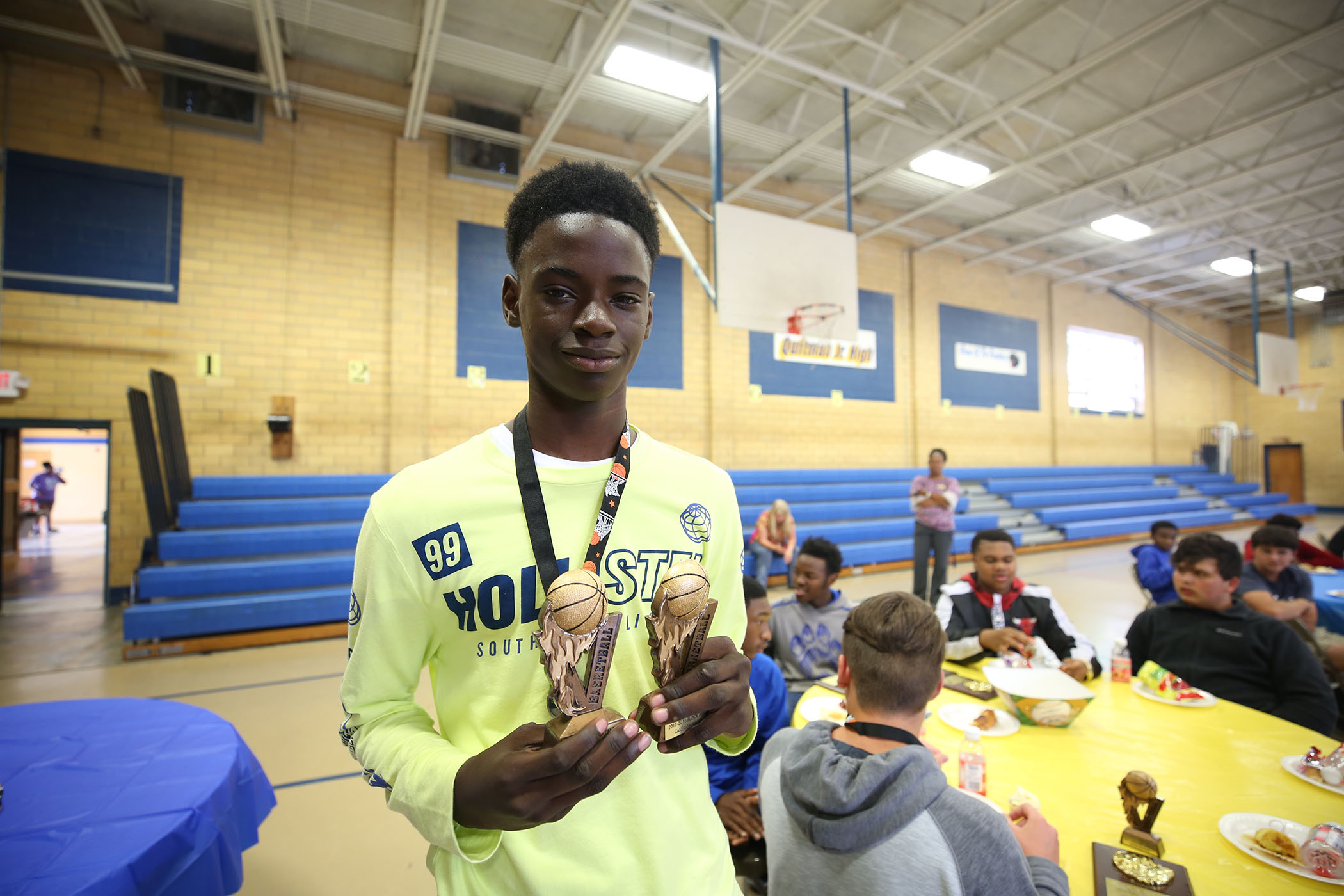QJH athlete receives award.