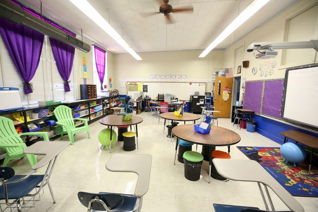 A QUE classroom with flexible seating.