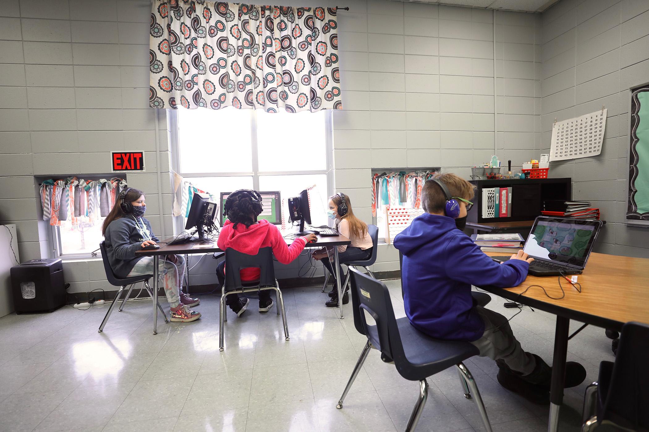 QLE students learn.